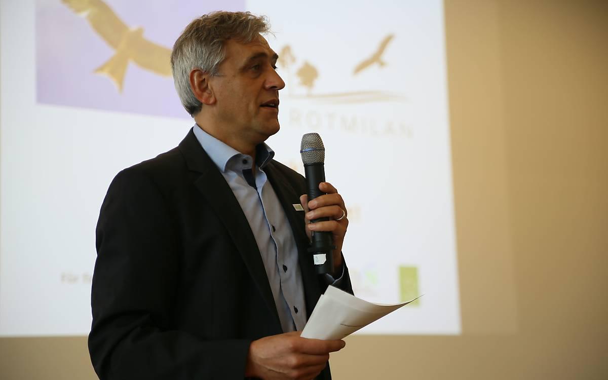 Dr. Jürgen Metzner vom DVL moderierte die Veranstaltung - Foto: DeWiSt / Mo Camara