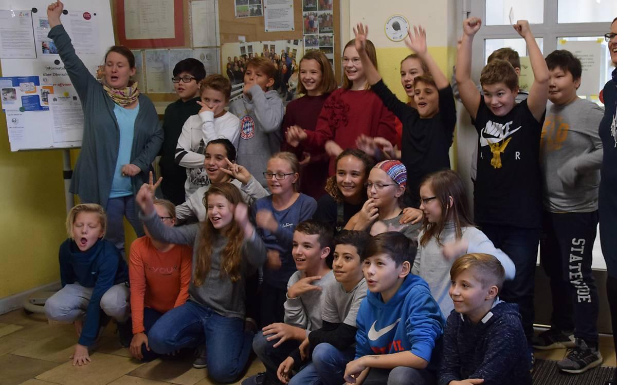Motivierte Spatzenretter einer Grundschule in Charlottenburg-Wilmersdorf