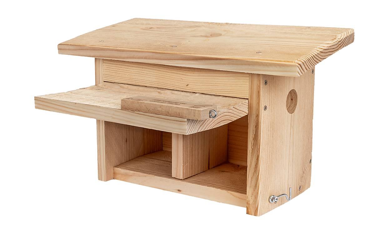 Diese Nisthilfe bietet einer Spatzenfamilie genügend Platz.  Einfluglochgröße: 40mm