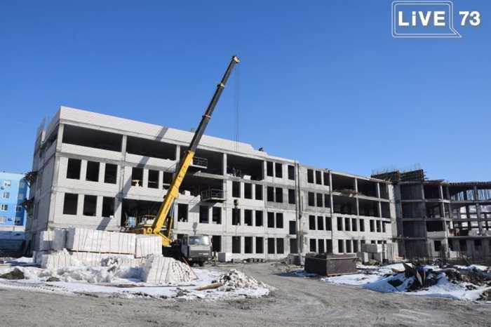 В Ульяновске достраивают школы будущего. Ждем электронные карты, плазмы в рекреациях и скалодромы