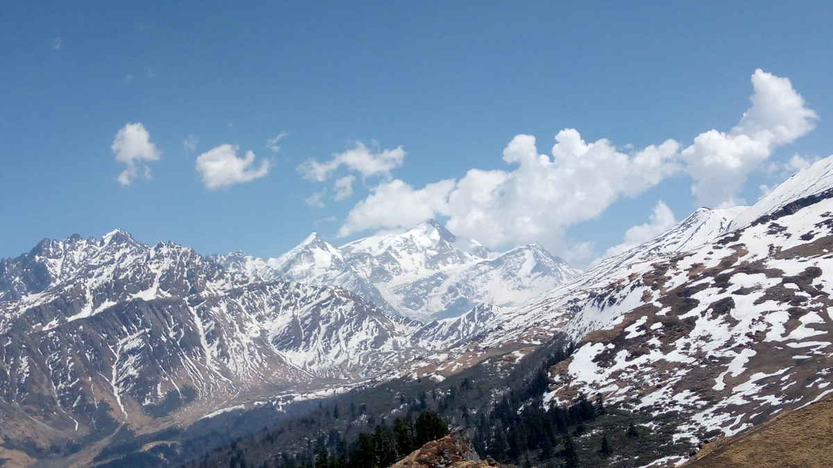 Kuari Pass Trekking Expedition
