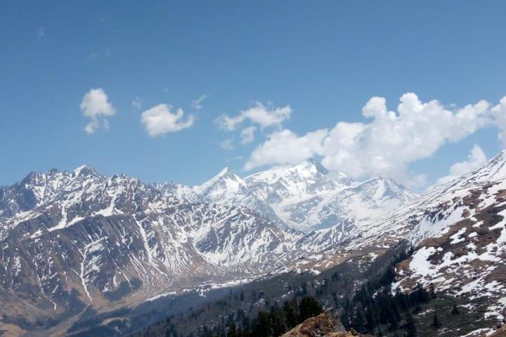 Kuari Pass Trekking Expedition