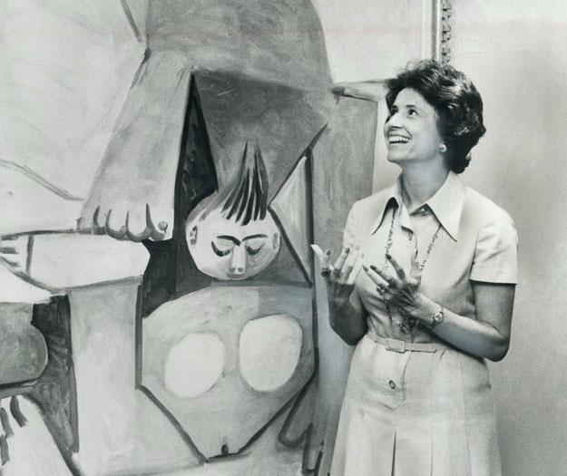 Mira Godard with Picasso's <i>Nu Sur un Divan</i> at the Marlborough Godard Gallery, 1974