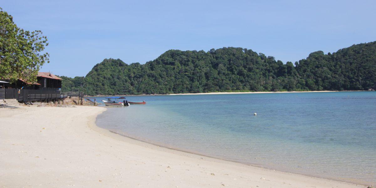 Hidden Gems In Malaysia; A literal Gem Island, Terengganu.