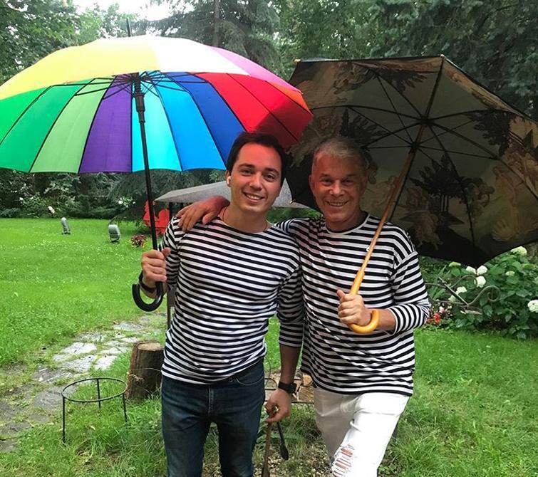 Родион Газманов показал первую жену своего отца