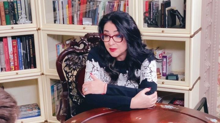 Лолита после развода с Дмитрием Ивановым собирается выйти замуж в шестой раз