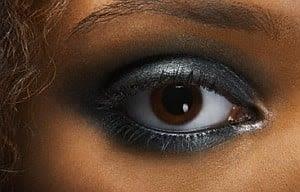 Enkel teknik gør det let at vælge den rigtige farve øjenskygge valg-oejenskygge