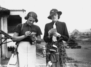 Er golf overhoved for piger? kvinde-goolf-300x221