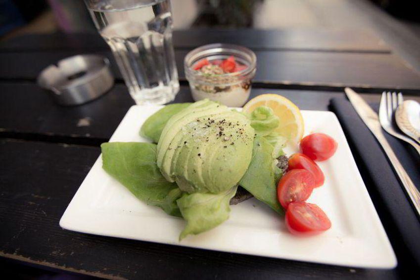 Anretning med raw food