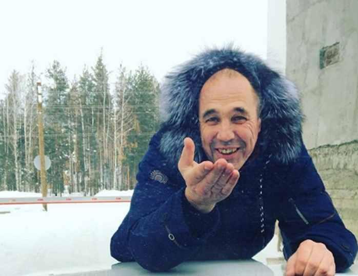 Соколов из «Уральских пельменей» показал свою казахскую красавицу-жену и трех детей от нее