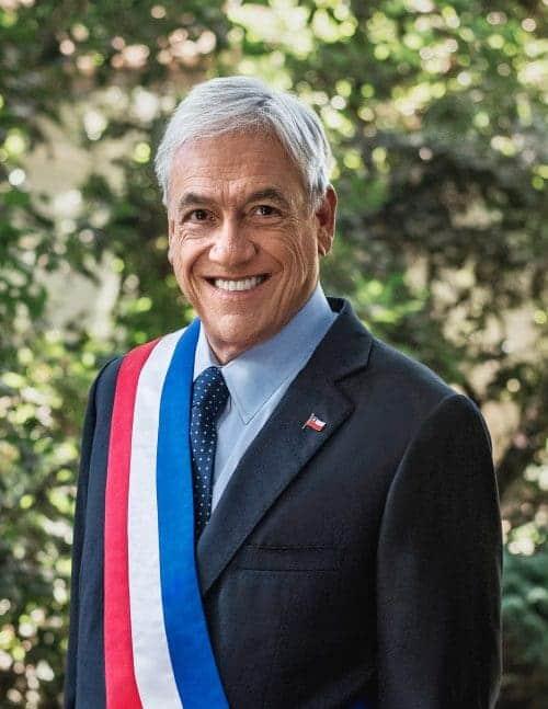 Retrato_Oficial_Presidente_Piñera_2018-e1555898017715