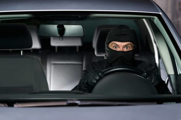 How to prevent your car from being stolen? Clever Tips!