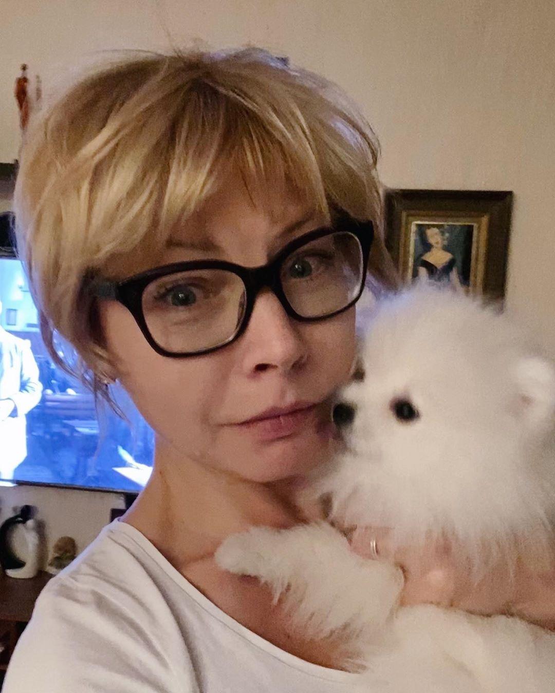 Болезнь отступает: Алена Бабенко рассказала, как переносит коронавирус