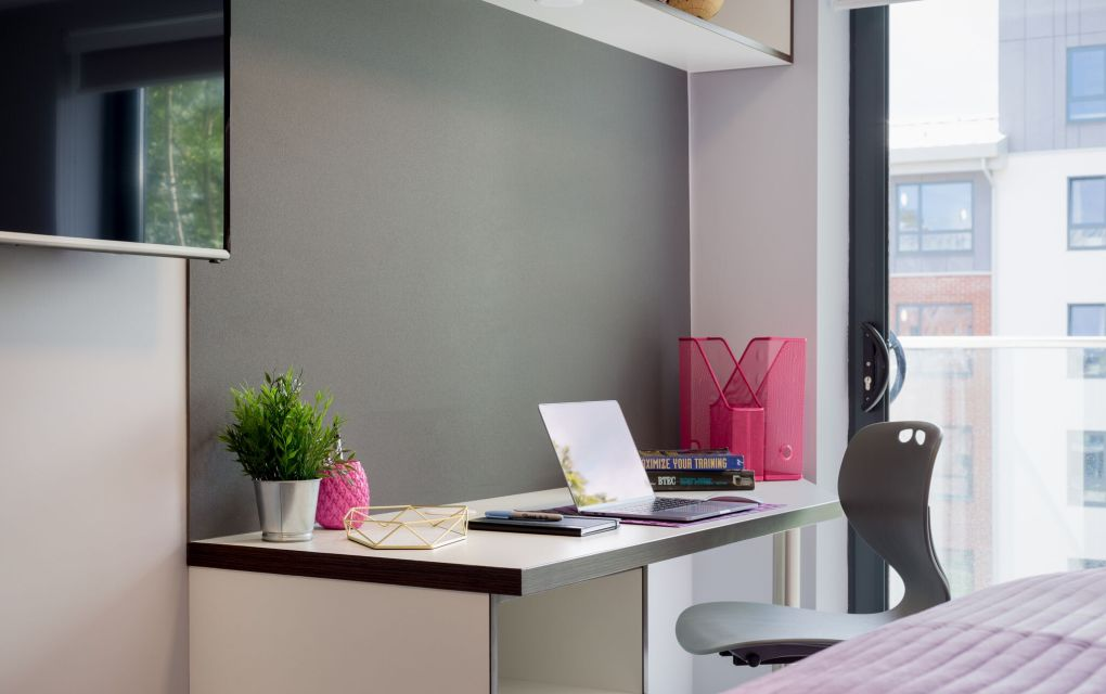 Elegance Student Apartment in Leeds with Desk at IconInc, The Glassworks