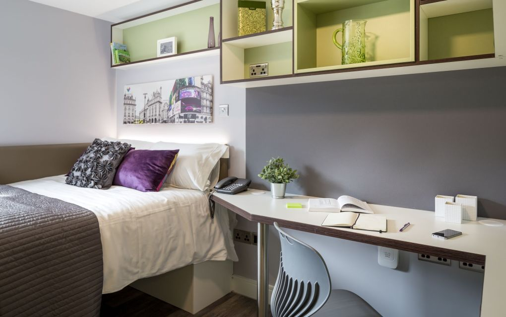 Neo Student Apartment in Leeds with Double Bed and Desk at IconInc, The Glassworks