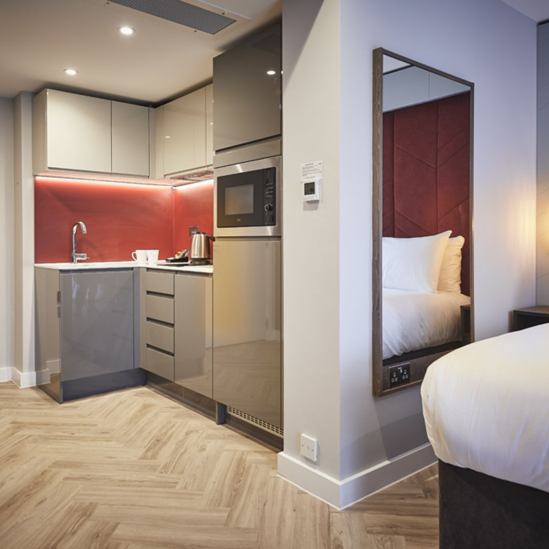 Grande Studio Student Apartment in York. Fully equipped kitchen with microwave/oven.