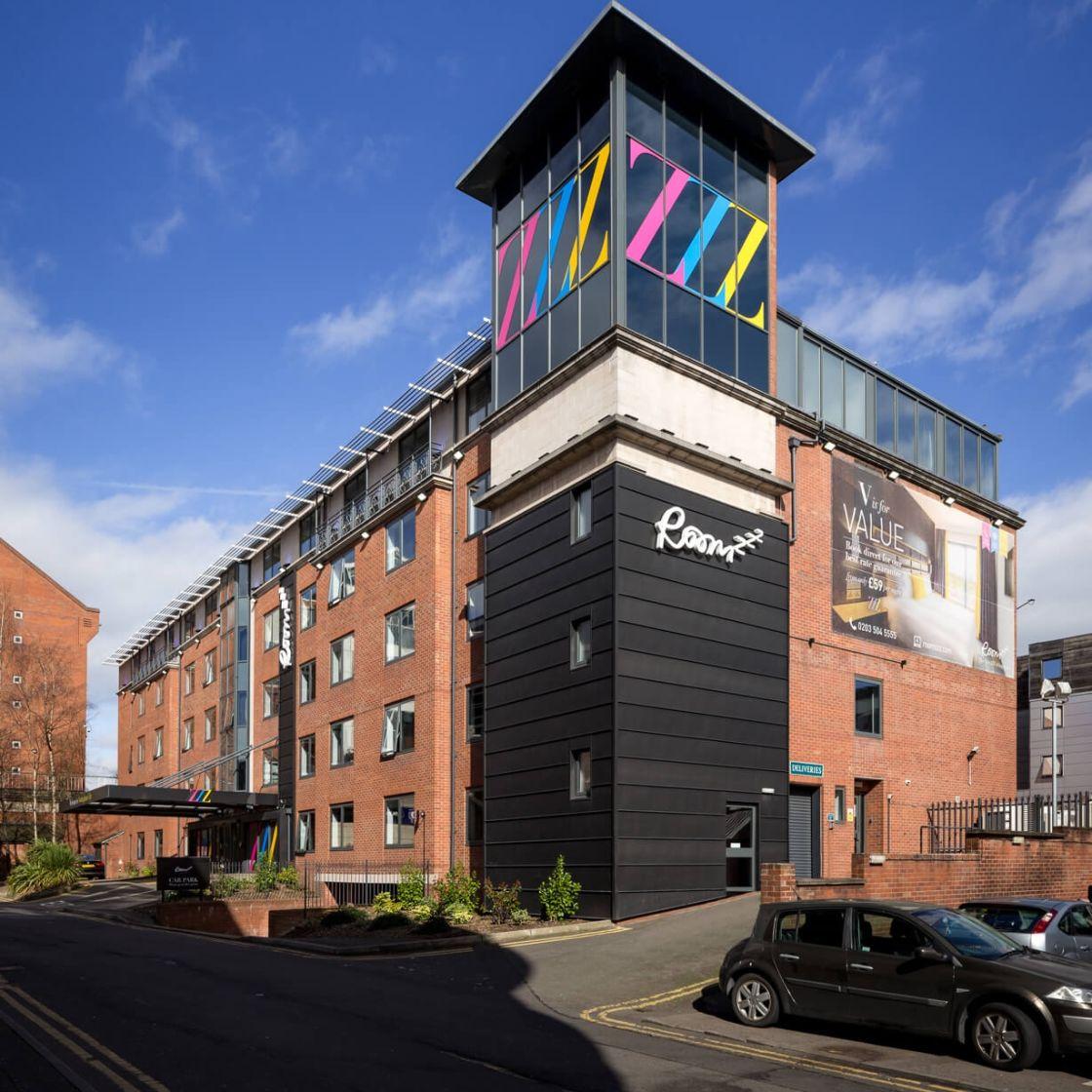 IconInc @ Roomzzz Nottingham City External. Student Accommodation in Nottingham