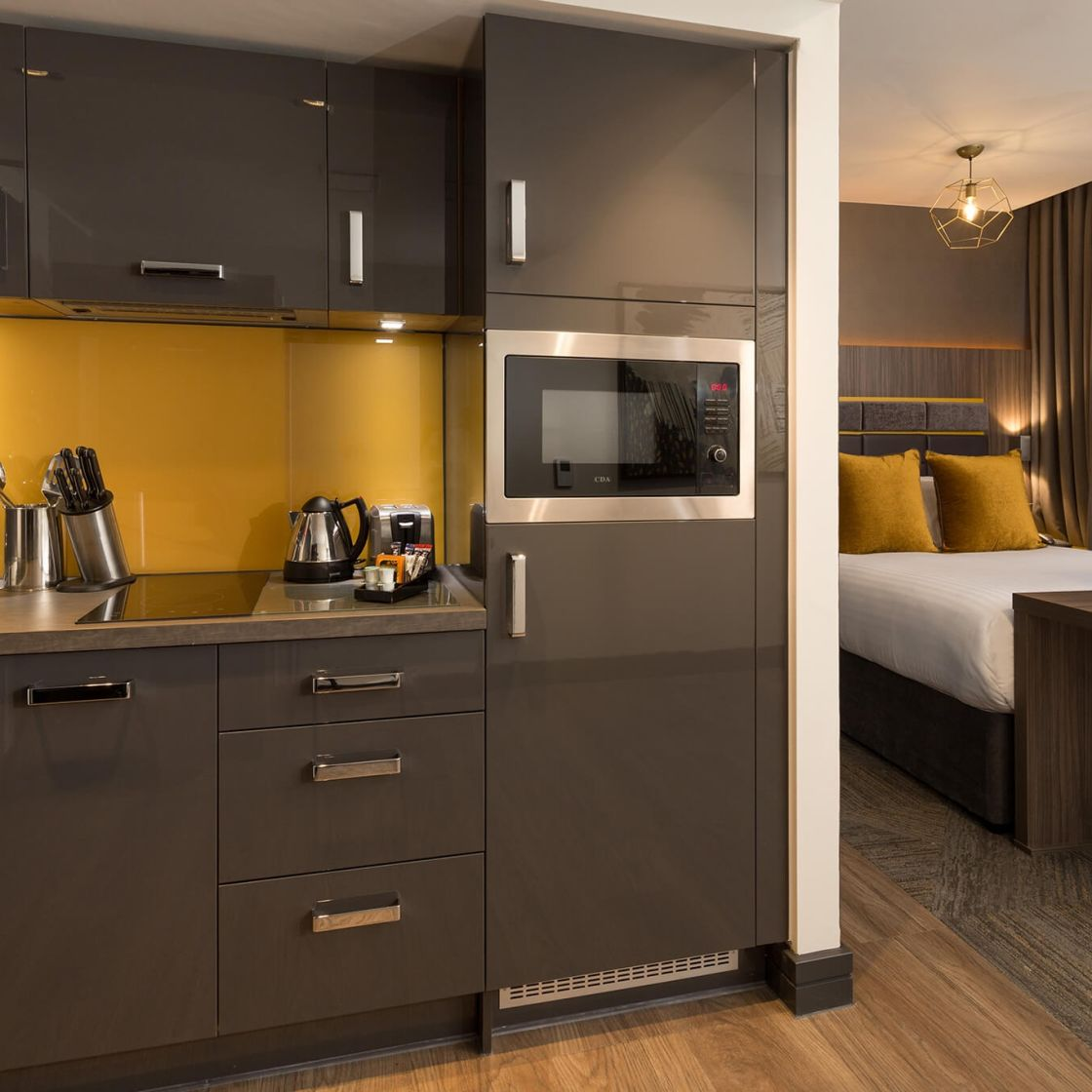 Smart Studio Student Apartment in Manchester with King Size Bed. IconInc @ Roomzzz