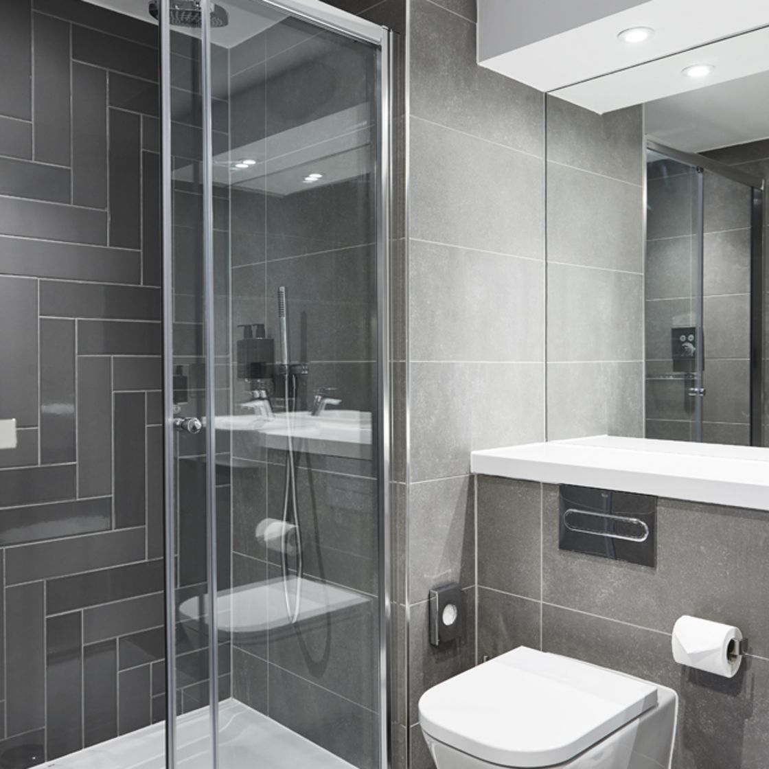En-suite bathroom with rainfall shower. IconInc @ Roomzzz. Student Accommodation in York