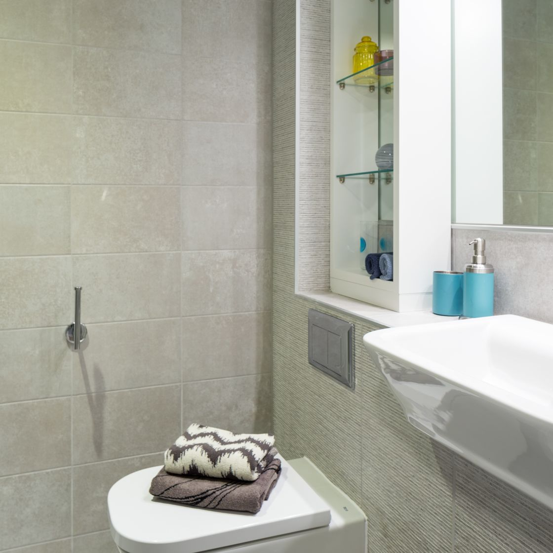 Smart Student Apartment in Leeds, En-suite toilet and Sink. IconInc, The Glassworks