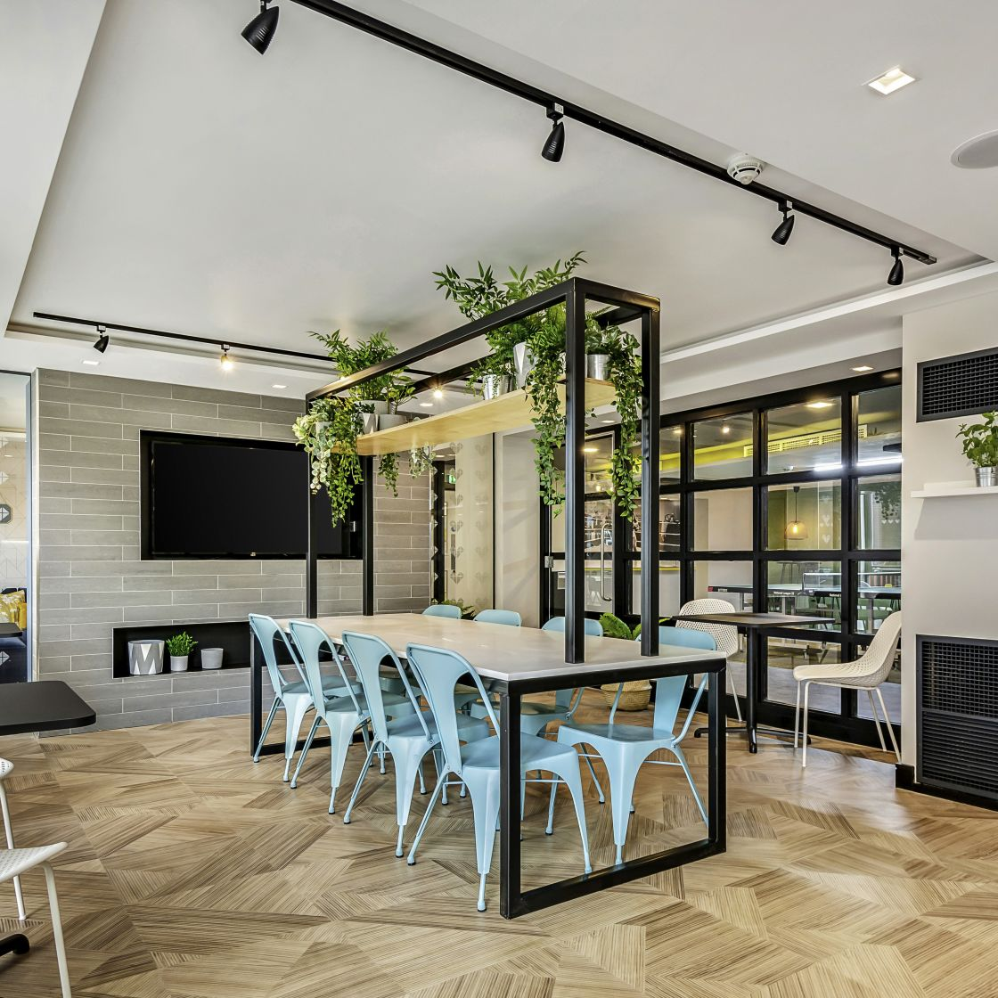 Mega Kitchen and large dining area at IconInc, The Edge. Student Accommodation in Leeds