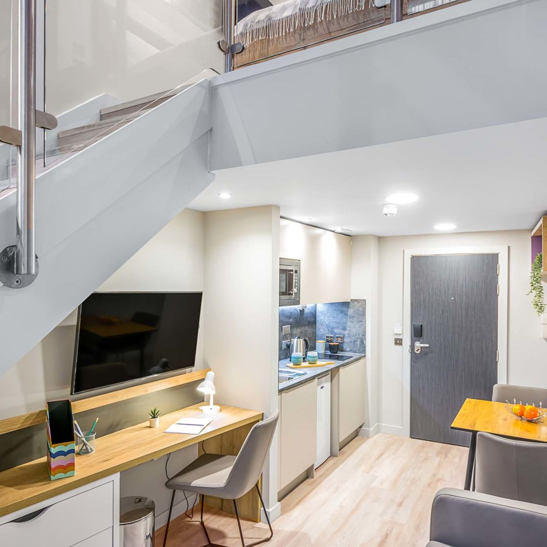 Elegance student apartments in Lincoln at IconInc Gravity