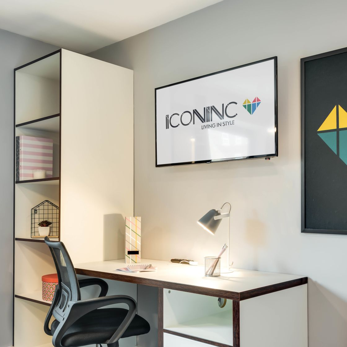 Elegance Student Apartment in Leeds. Desk and flat screen TV. IconInc, The Edge