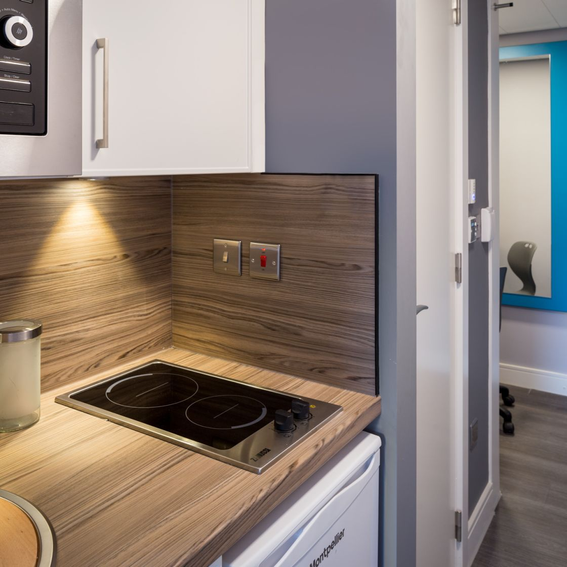 Smart Studio Apartment Kitchen in Leeds. IconInc, The Glassworks. Student Accommodation in Leeds