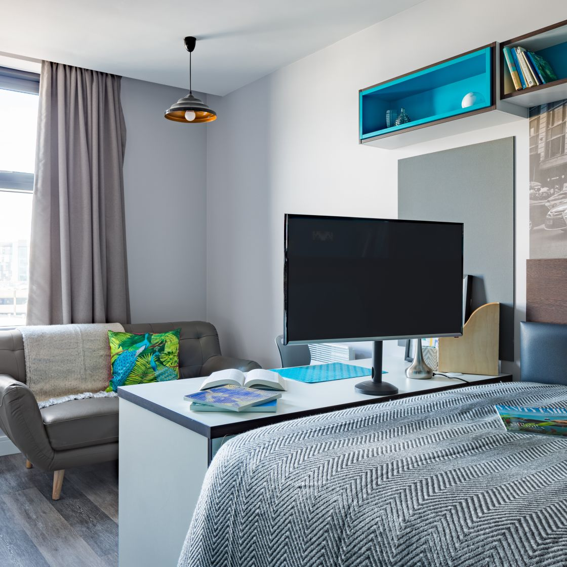 Smart Student Apartment in Liverpool. Double Bed, TV and sofa. IconInc, The Ascent