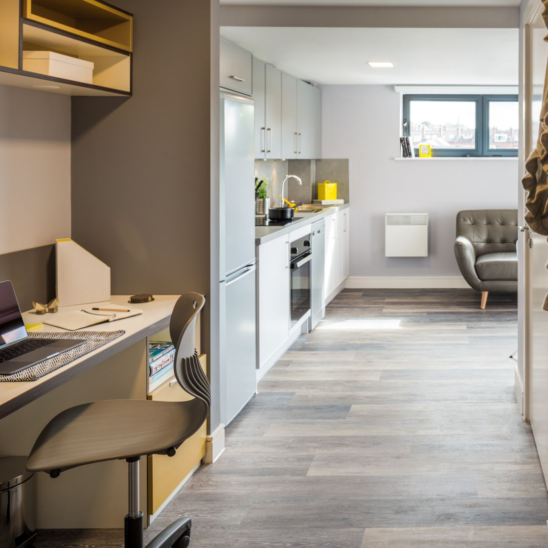 Grande studio apartment in Leeds with separate living and study area. IconInc, The Glassworks