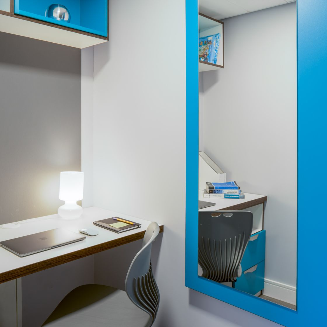 Smart Student Apartment in Leeds with Desk and Mirror at IconInc, The Glassworks.
