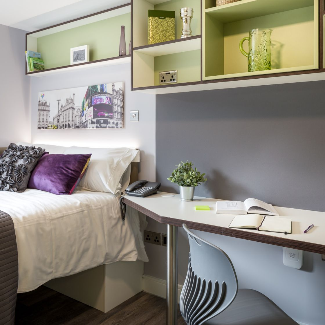 Neo Student Apartment in Leeds with king size bed and desk at IconInc, The Glassworks.