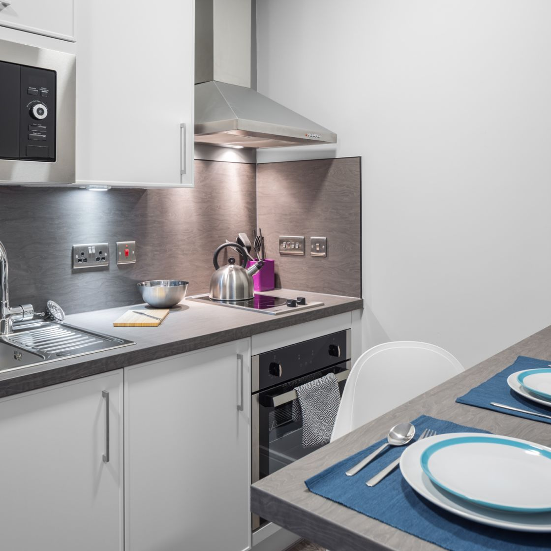 Elegance Student Apartment in Liverpool. fully fitted kitchen and breakfast bar. IconInc, The Ascent