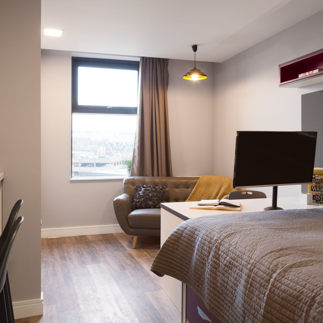 Elegance Student Apartment in Liverpool. Double Bed, desk and sofa. IconInc, The Ascent