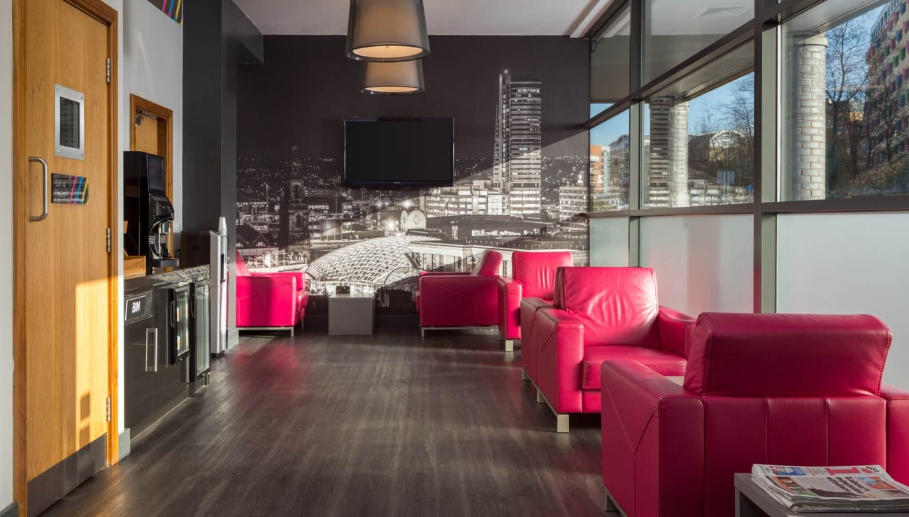 Reception, Lounge and Grab & Go station at IconInc @ Roomzzz Leeds City West