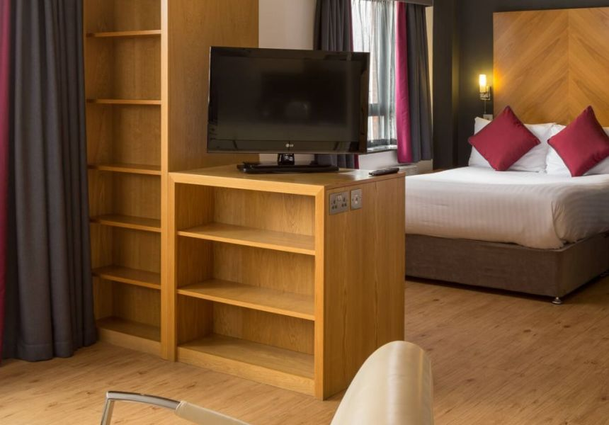 Grande studio student apartment in Leeds. King Size bed and TV. IconInc @ Roomzzz Leeds City West