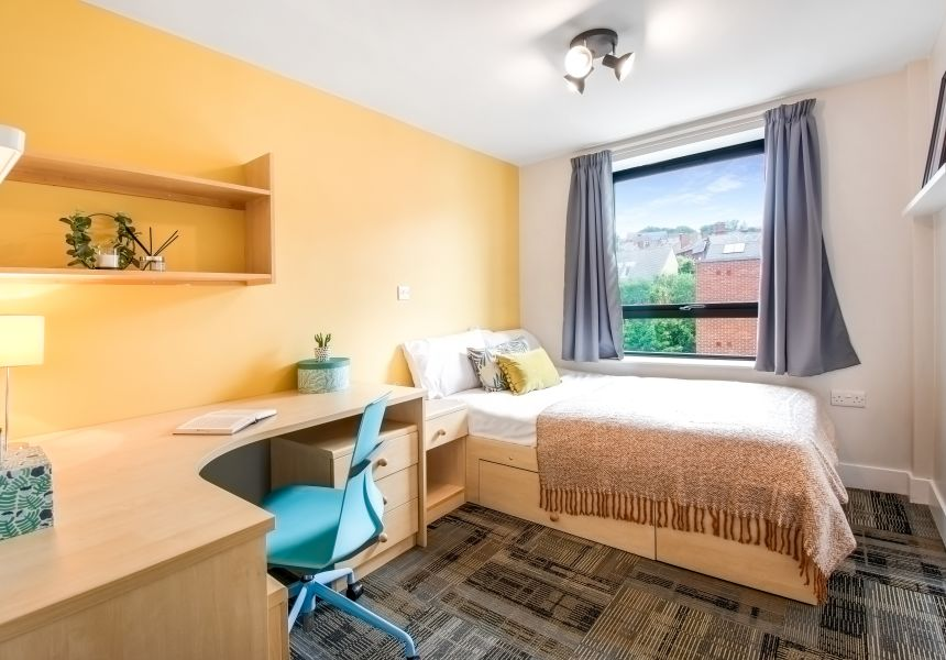 Standard Student Apartment in Leeds with Double Bed, Desk and Chair. IconInc, Triangle