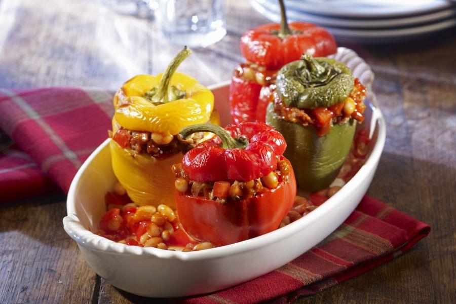 Paprika mit Bohnen-Hackfleisch-Füllung