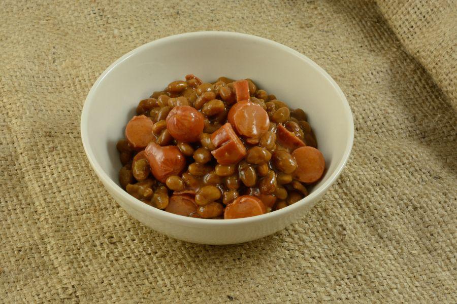 Baked Beans mit Würstchen