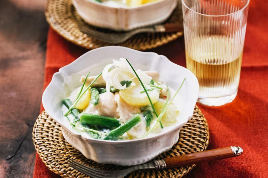Hühnchenbrust mit Spargel und sahnigen Kartoffeln
