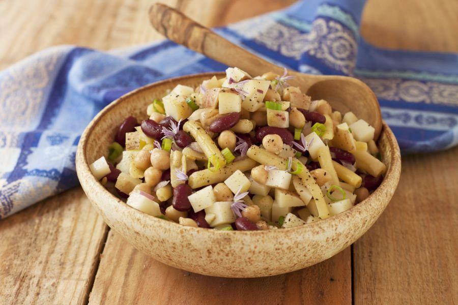 Kartoffelsalat mit dreierlei Bohnen
