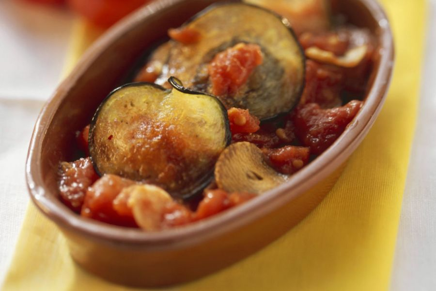 Italienischer Auberginen-Tomaten-Auflauf