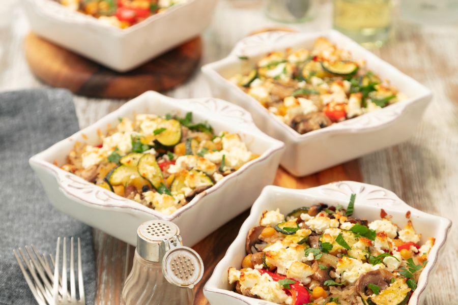 Gemüsegratin mit Reis und Feta