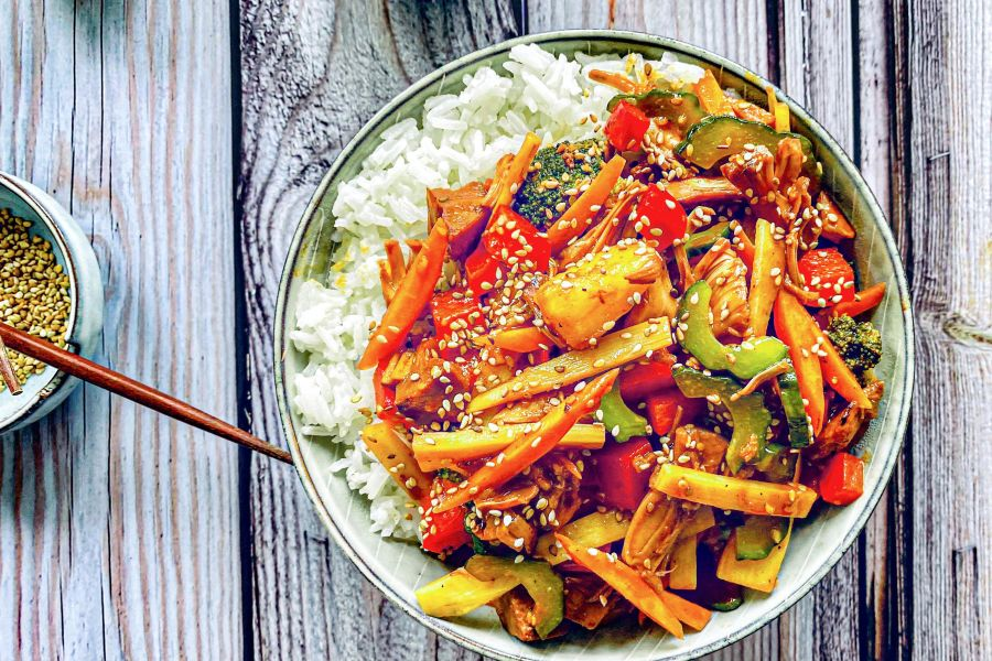 Jackfrucht & China-Gemüse mit süß-saurer Sauce
