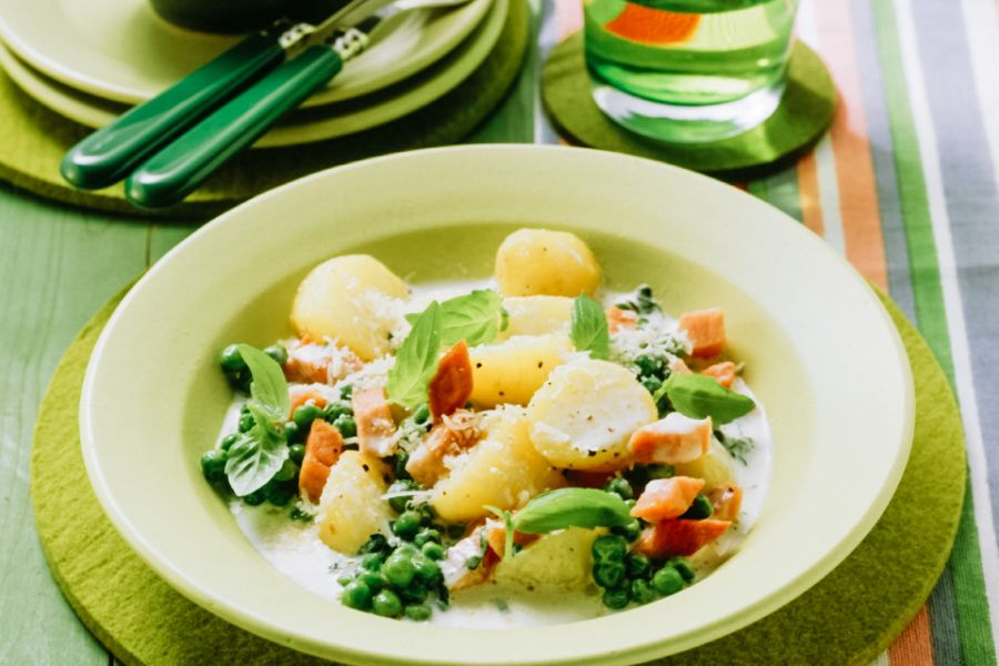 Erbsen-Kartoffeltopf mit Kochschinken