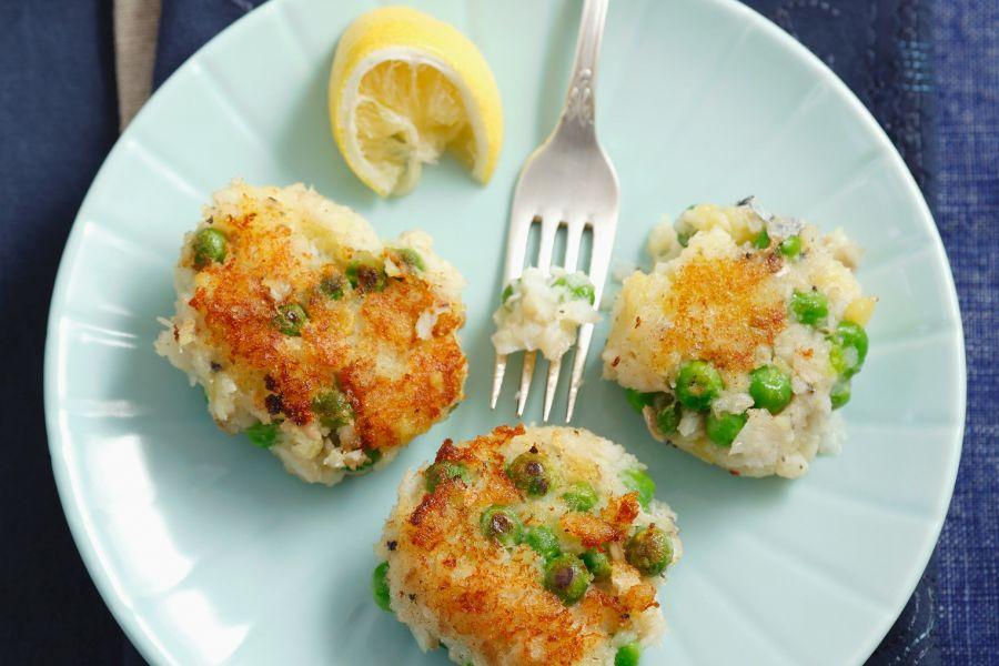 Fischpuffer mit Erbsen