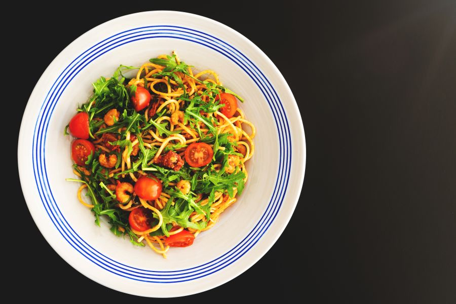 Spaghetti-Topf mit Shrimps