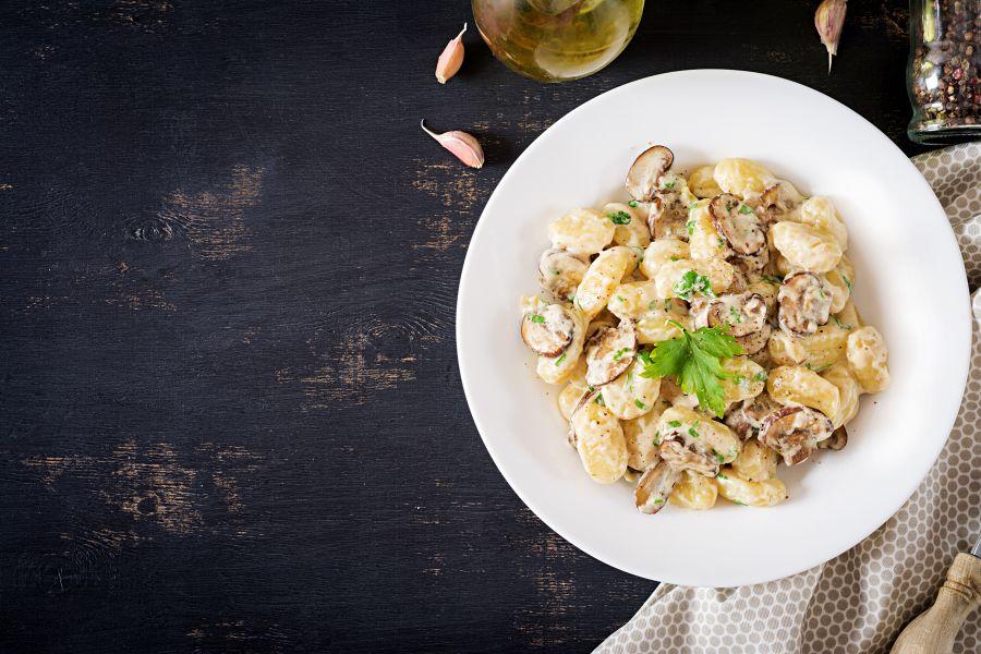 Gnocchi mit cremiger Pilz-Sauce