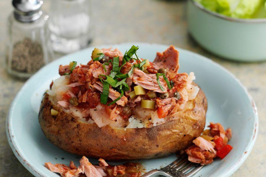 Folienkartoffel mit Thunfisch-Paprika-Füllung