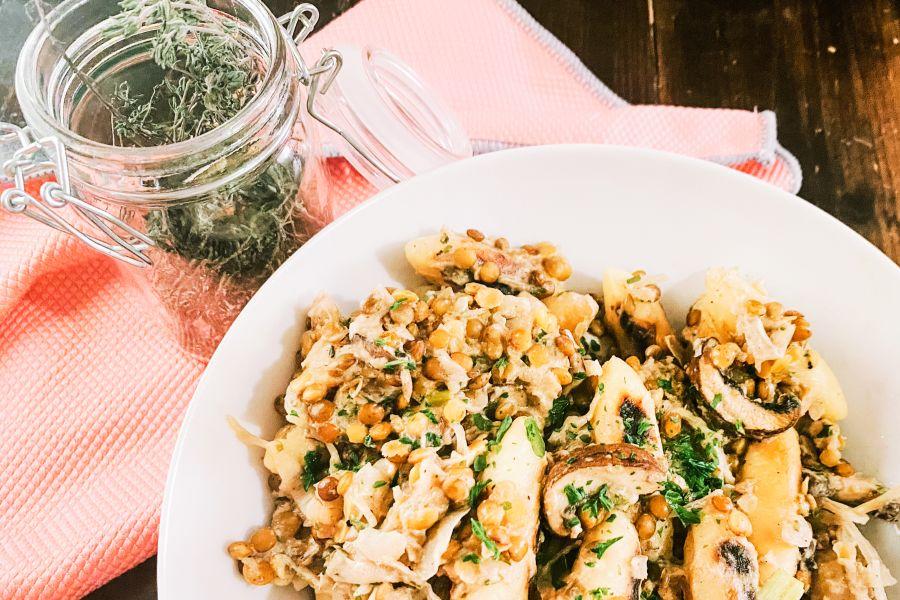 Schupfnudel-Pilz-Pfanne mit Sauerkraut